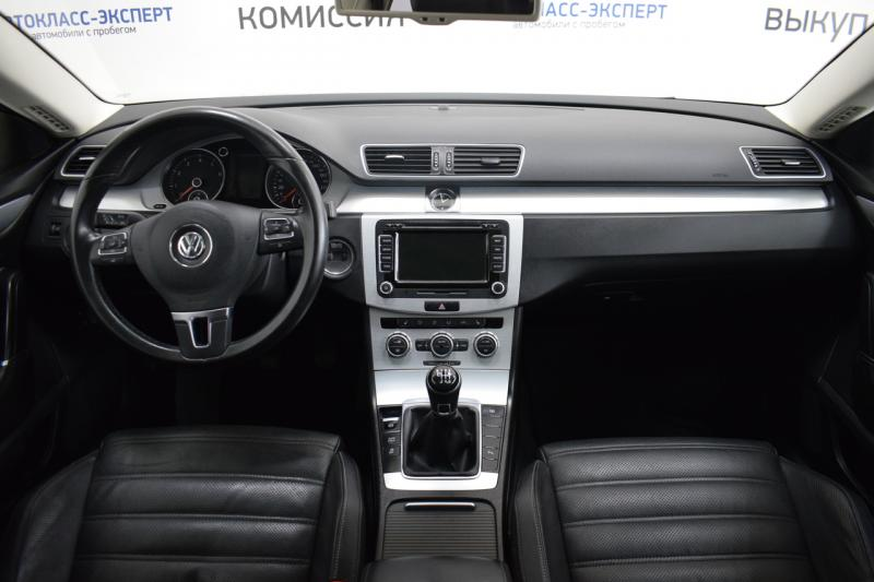 Volkswagen Passat CC 1.8 TSI MT (152 л. с.)
