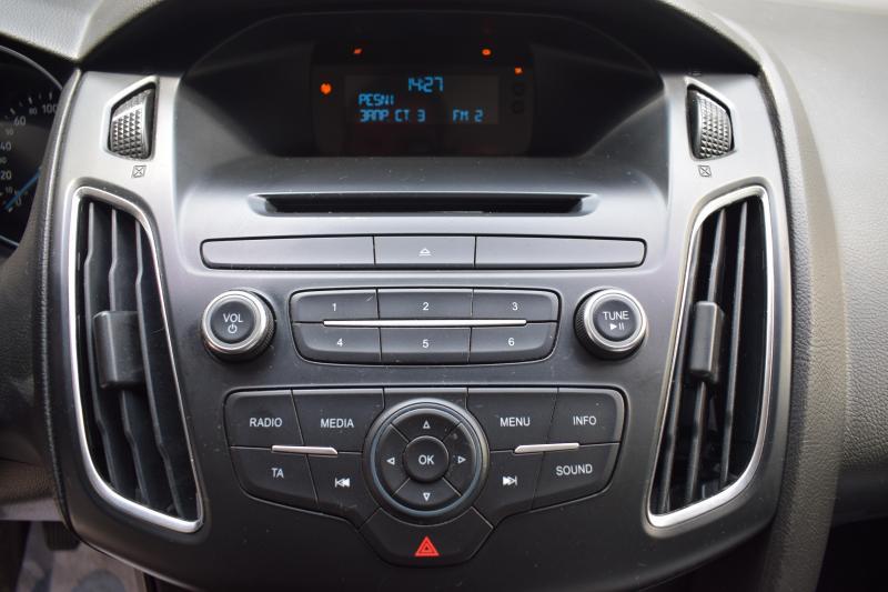 Ford Focus Универсал 1.6 Ti-VCT MT (105 л. с.) Sync Edition