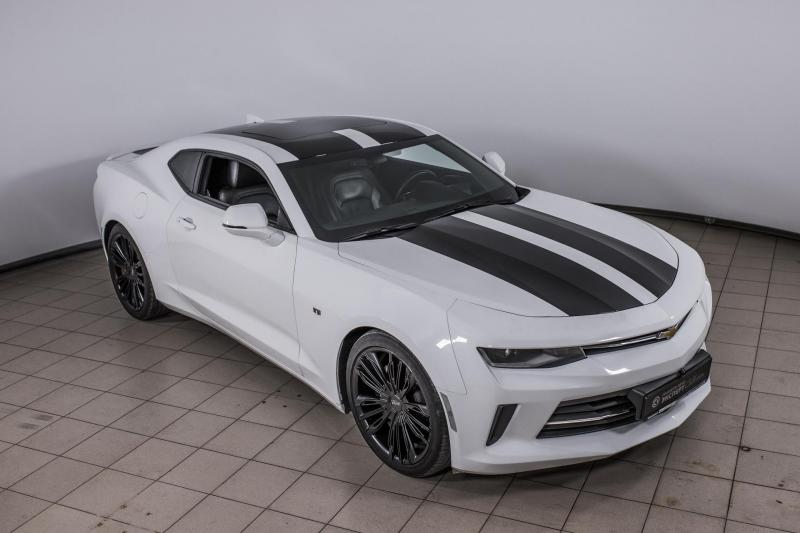 Chevrolet Camaro 2.0 AT (238 л. с.) RS