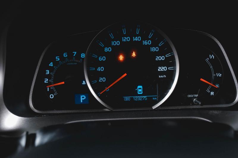Toyota RAV4 2.0 MT AWD (146 л. с.)