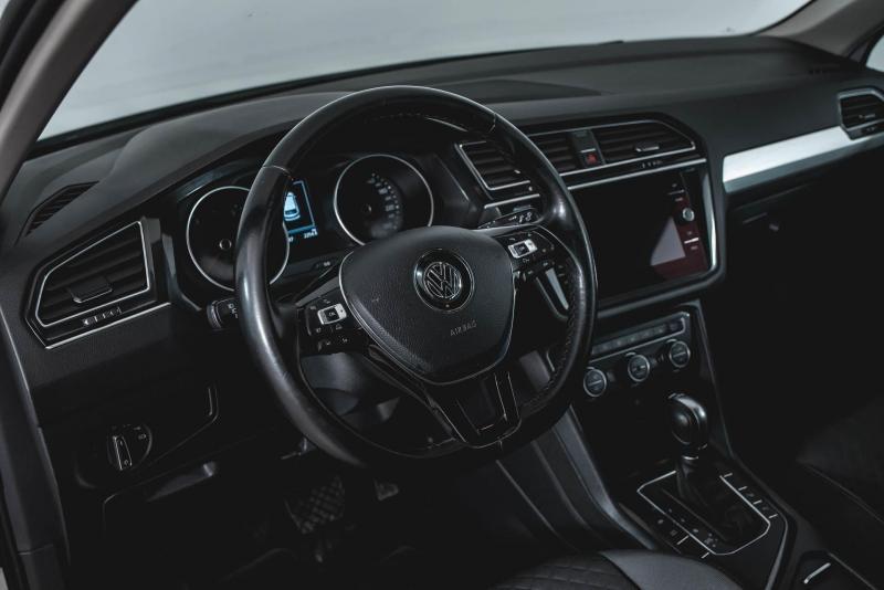 Volkswagen Tiguan 1.4 TSI BlueMotion DSG (150 л.с.) 2WD Comfortline