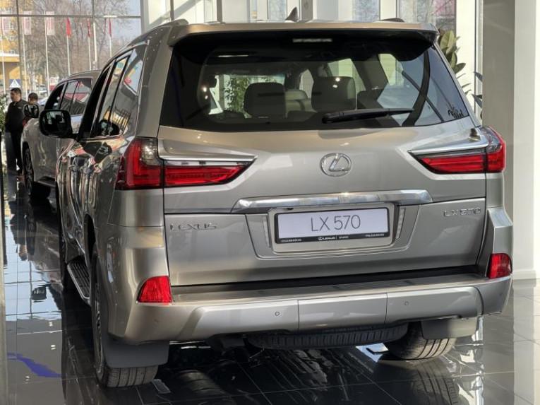 Lexus LX 570 AT (367 л. с.) 4WD Luxury 7 м 7J Лексус Бишкек Бишкек
