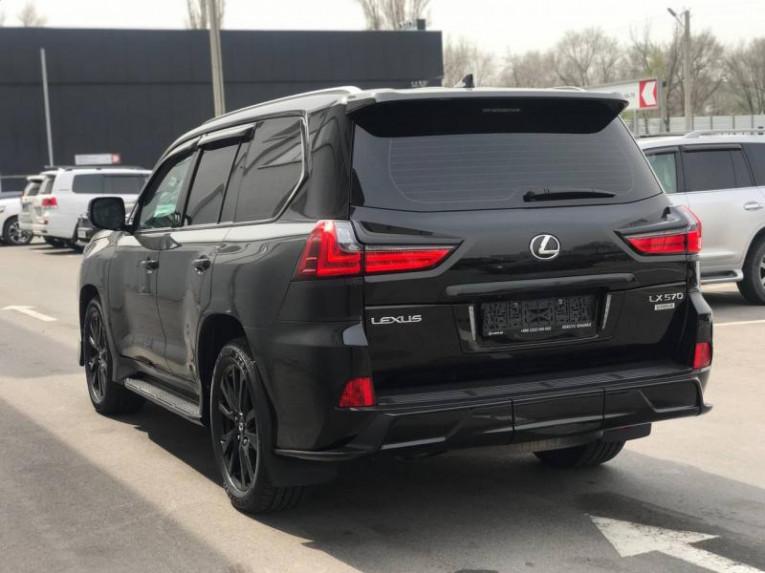 Lexus LX 570 AT (367 л. с.) 4WD Superior JA Тойота Центр Бишкек Бишкек